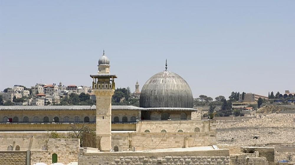 Eyewitnesses recount the Israeli raid on the Al Aqsa Mosque