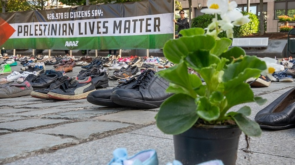 4,500 Pairs of Shoes Laid at EU Council to Honor Palestine